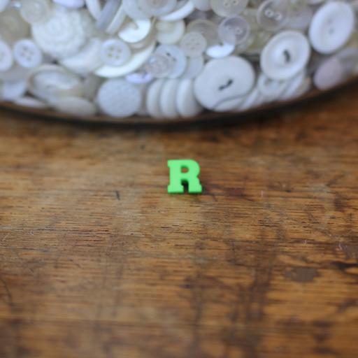 Alphabet Button - R