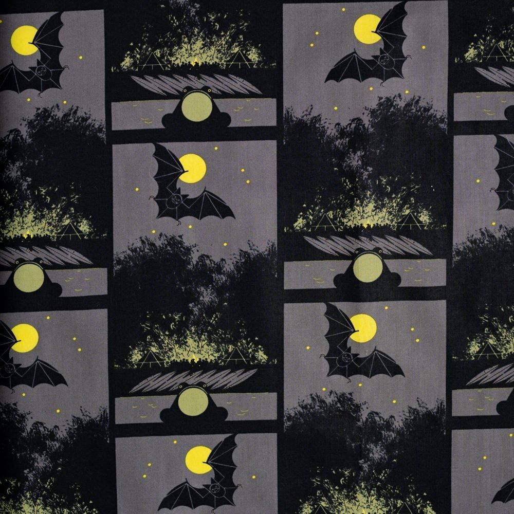 Charley Harper Halloween - Bat, Bullfrog and Bonfire (Gray)