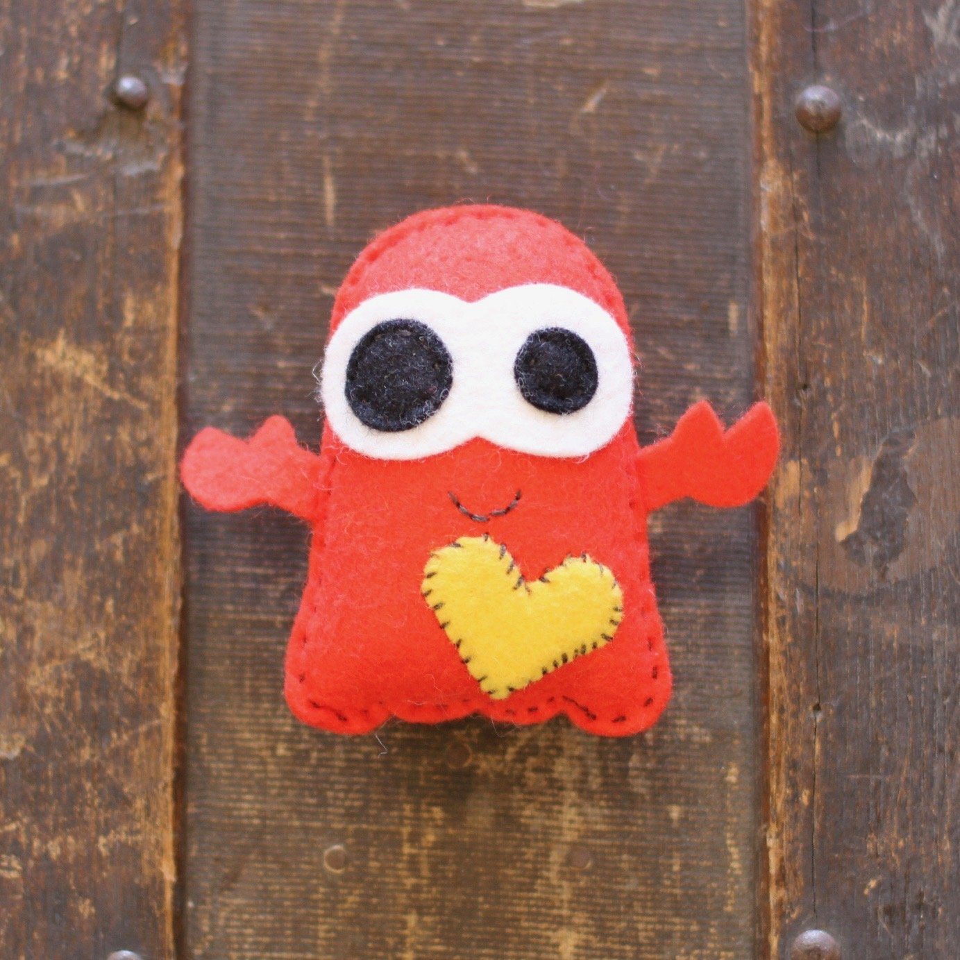 TubbyWubby Stitch & Stuff Critter Kit - Crusty the Crab