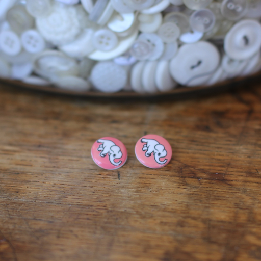 Dumbo Button (Pink)