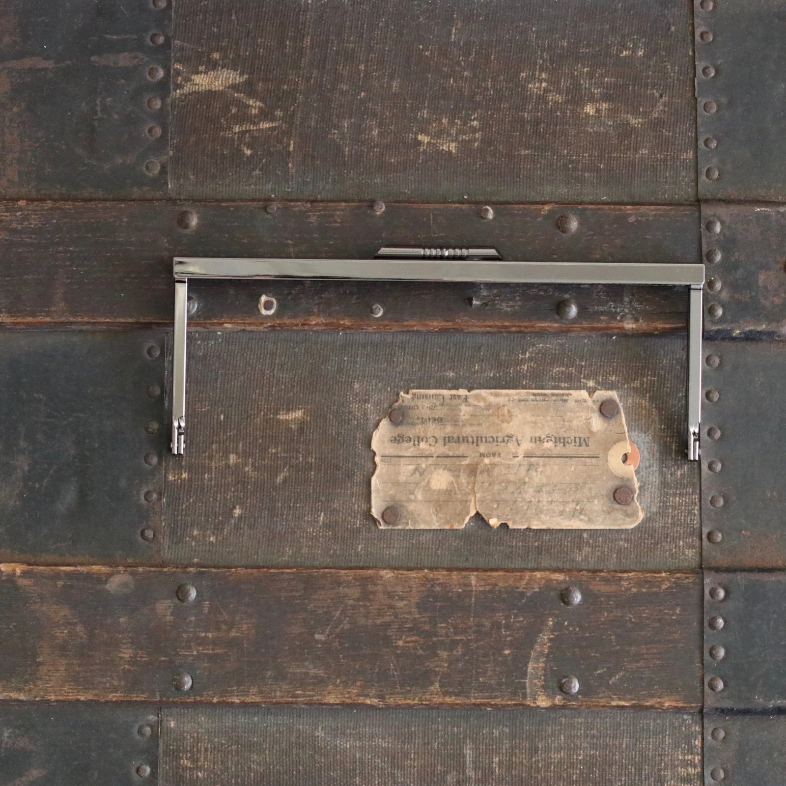 8 x 3 Linear Clasp Purse Frame (Black Nickel)