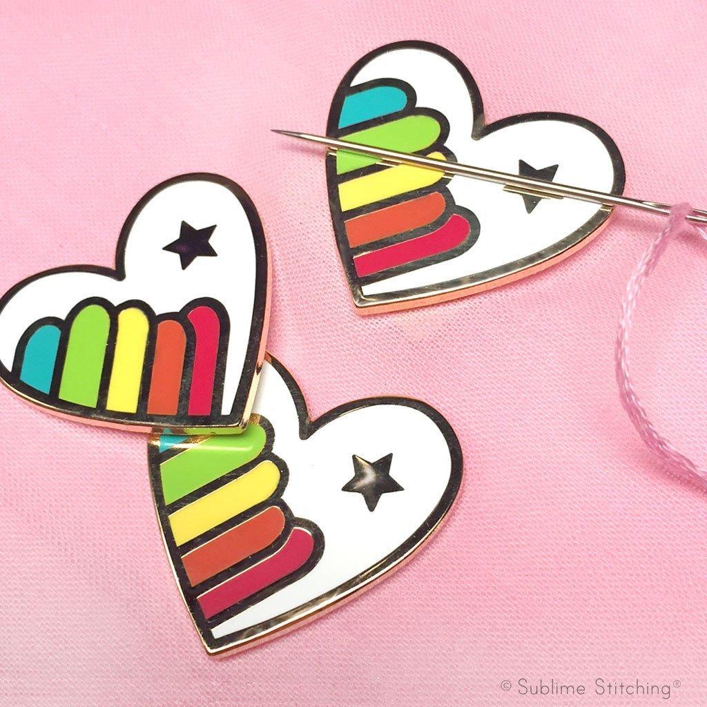 Hoop Flair Needle Minder - Rainbow Heart