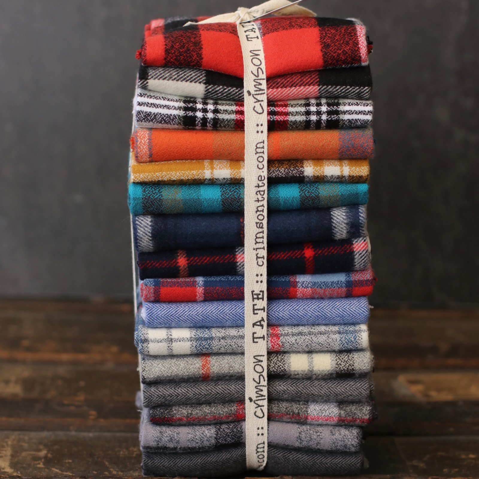 Robert Kaufman Flannel - 16 pc. Fat Quarter Bundle