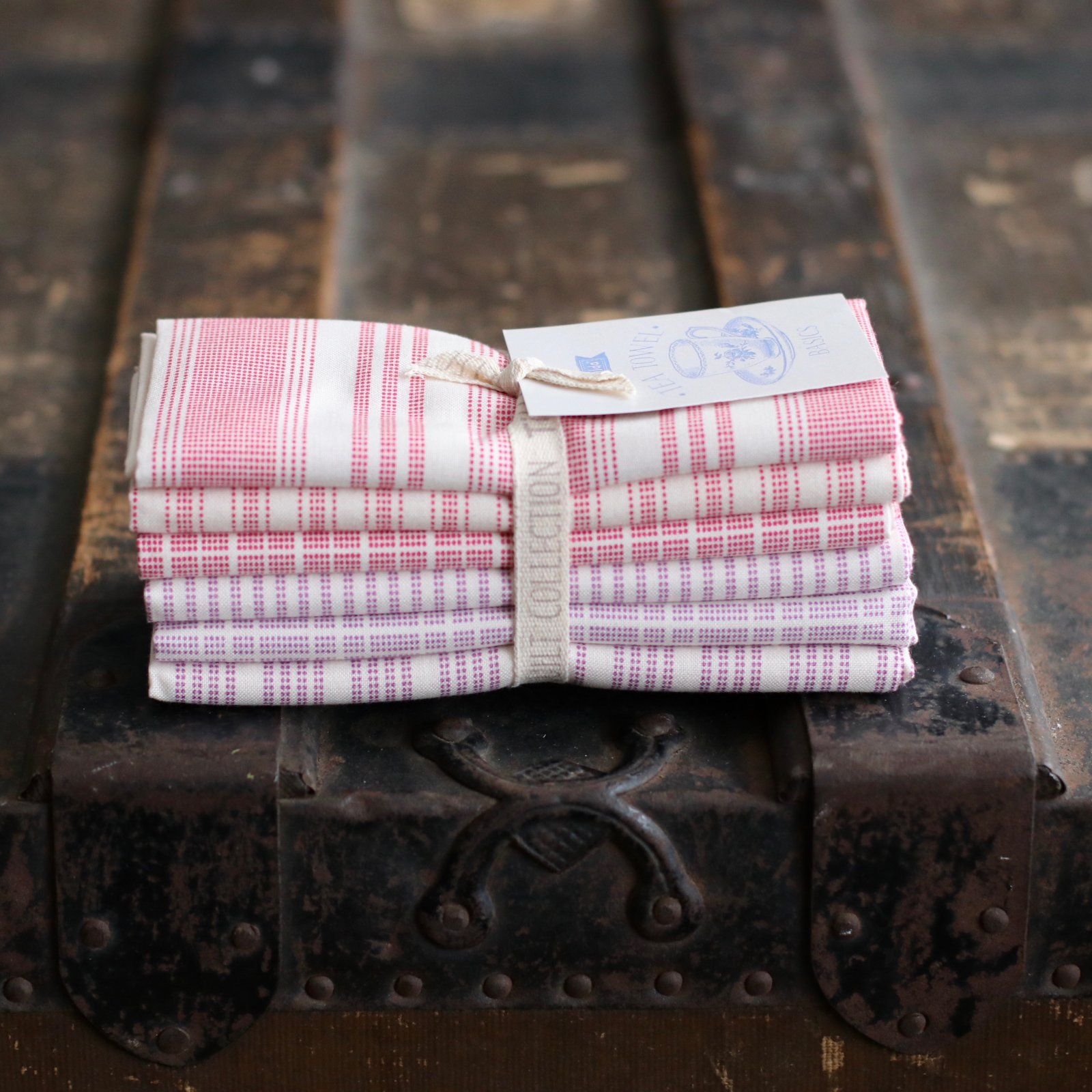 Tilda Tone Finnanger - 6 pc. Tea Towel Basics Fat Quarter Bundle (Red Plum)