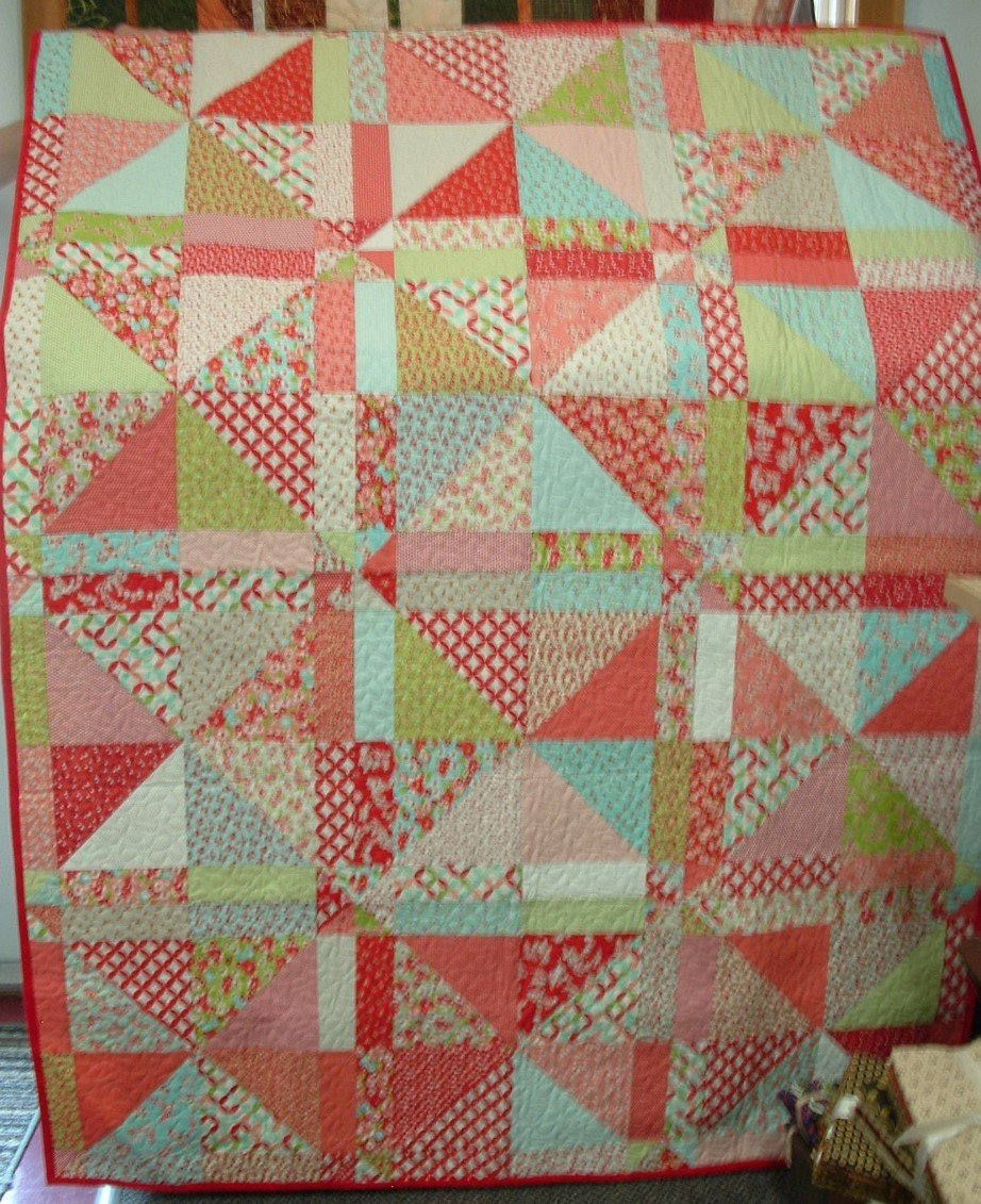 Little Ruby approx. 51 x 68 Lap Quilt