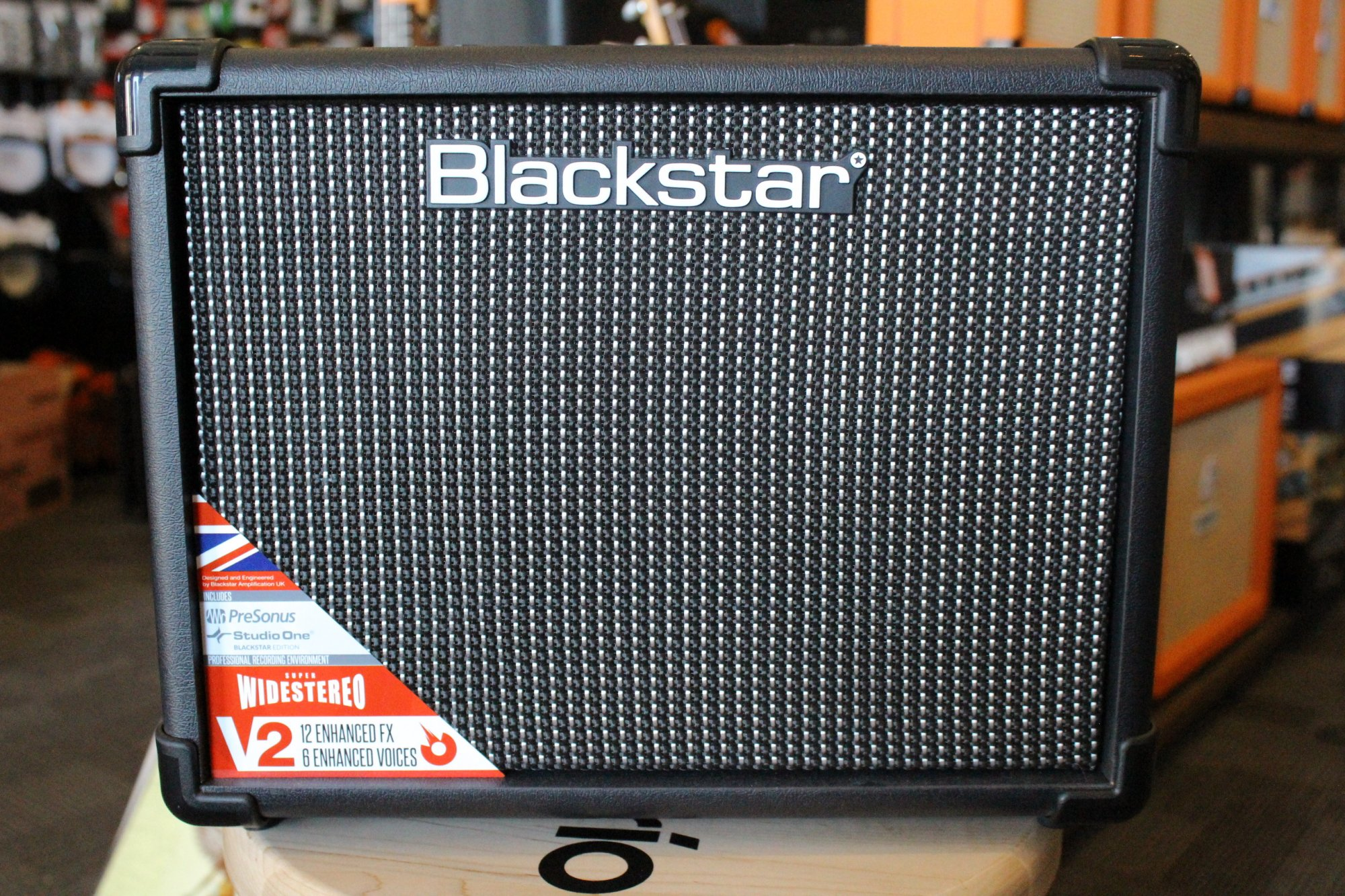 Blackstar Idcore10v2 10w Digital Stereo Combo Simple Audio Amplifier