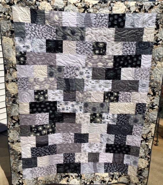 Brick Layer Quilt Pattern