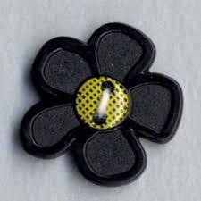 *BLACK DAISY FLOWER // 3/4 // DILL BUTTONS