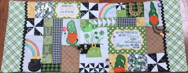 *LUCK OF THE GNOME FABRIC KIT/St. PATRICK'S DAY BENCH PILLOW FABRIC KIT//KIMBERBELL