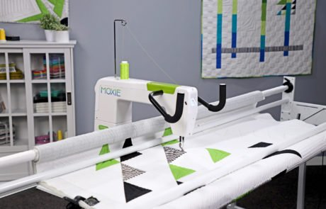 Handi Quilter Moxie15 inch Long Arm Quilter with Loft 8 ft Frame