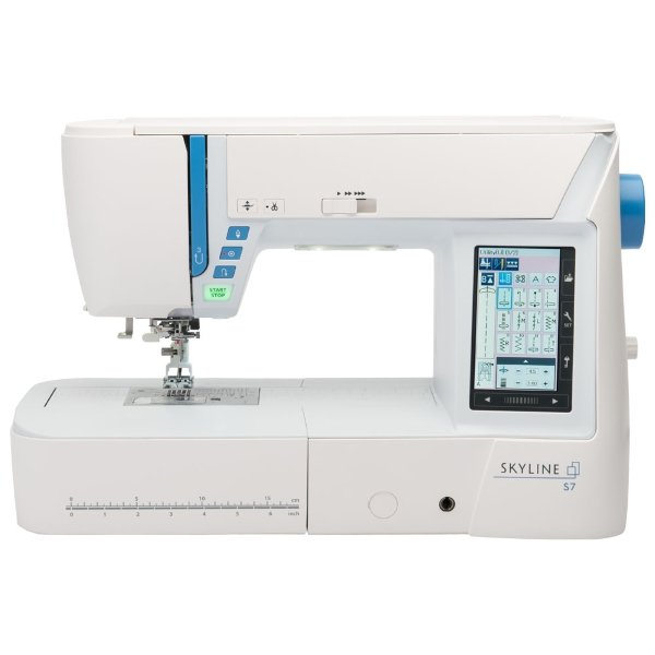 JANOME Skyline S7  Quilting/Sewing  w/ AccuFeed   8 1/4 Extended Arm