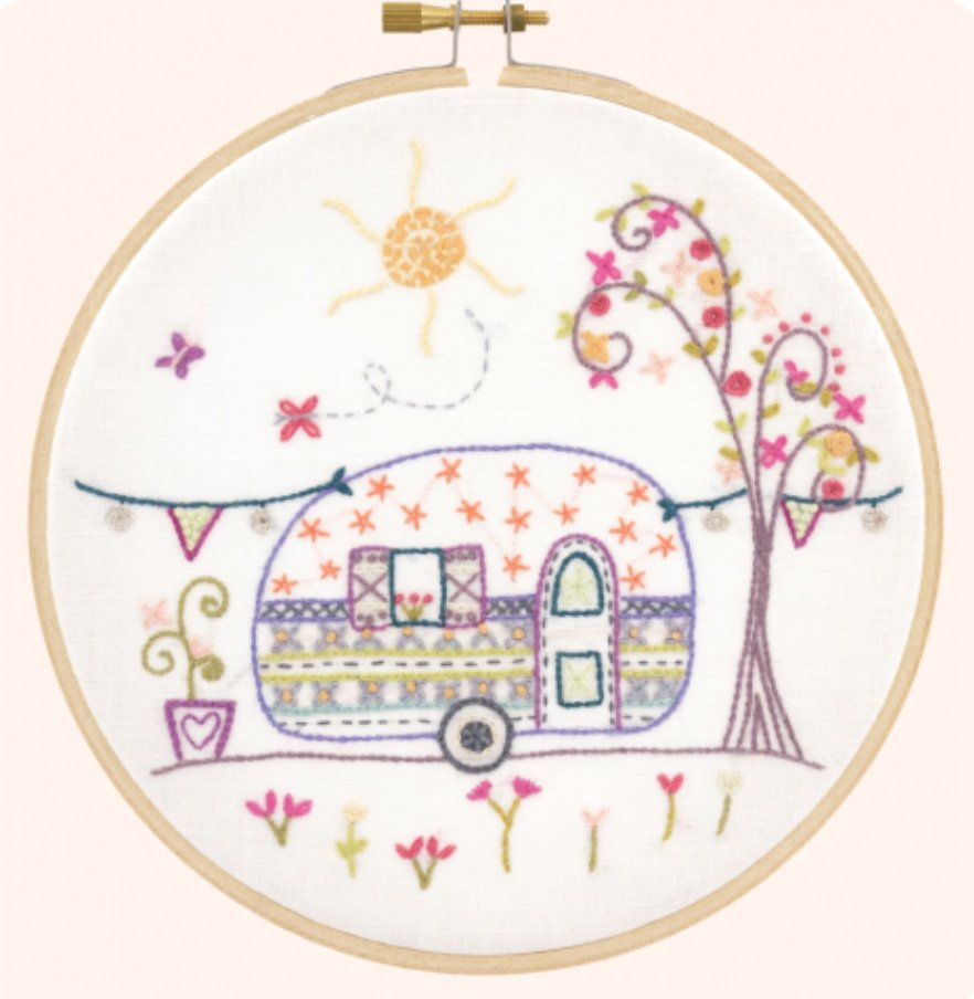 Auntie Suzanne's Travel Trailer - Un Chat Embroidery Kit