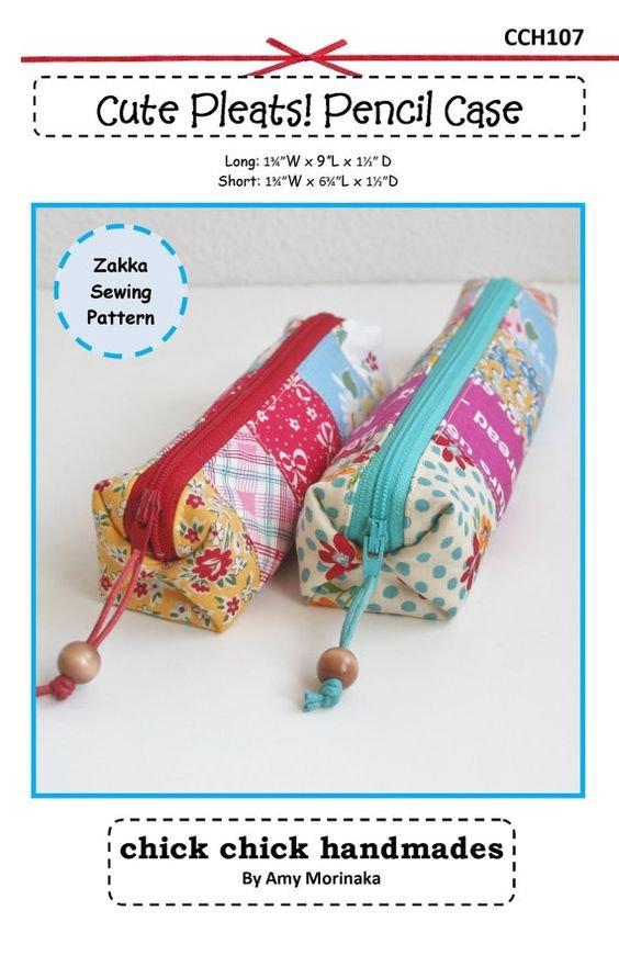 Cute Pleats Pencil Case Pattern by Amy Morinaka