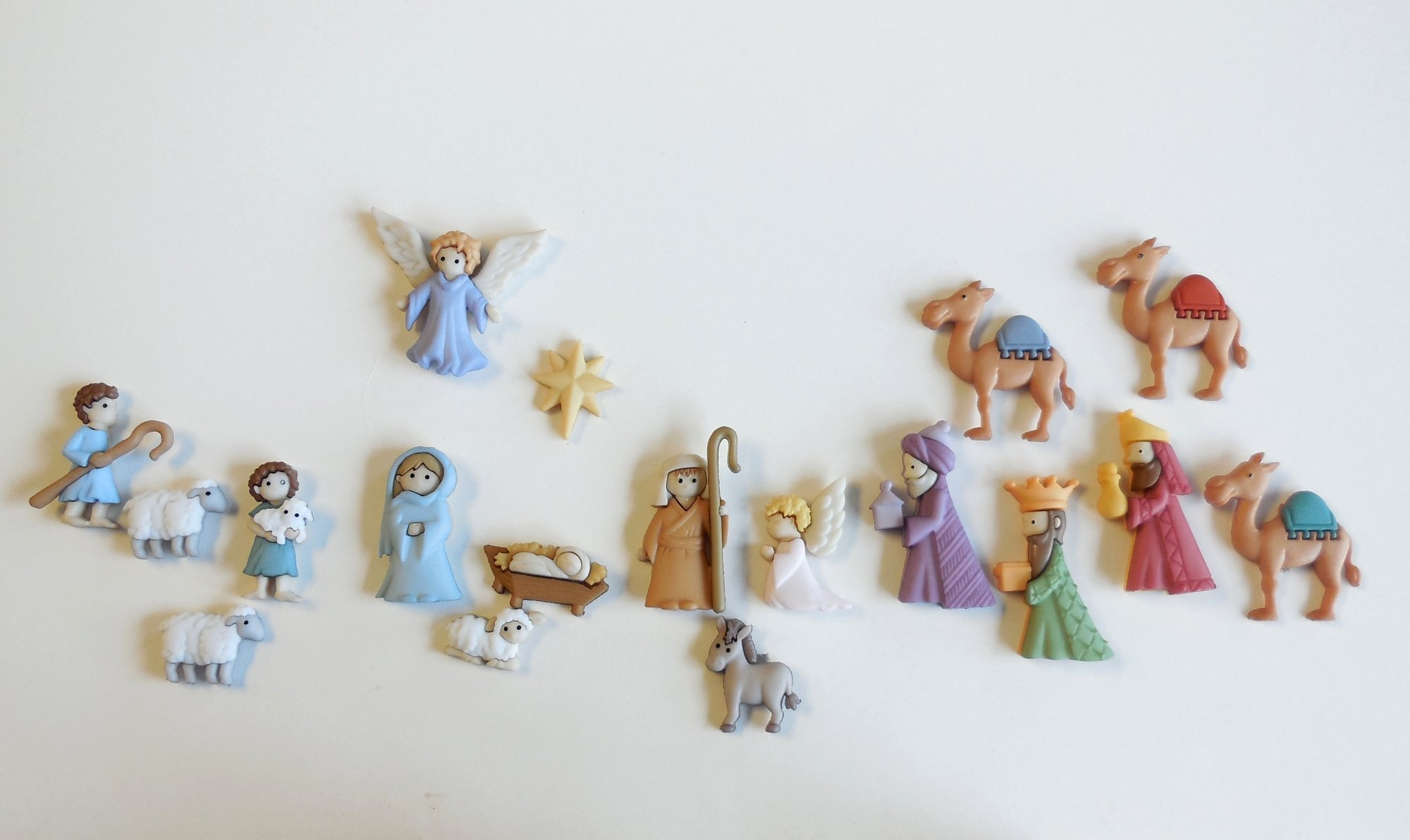 18 Piece Nativity Button Set