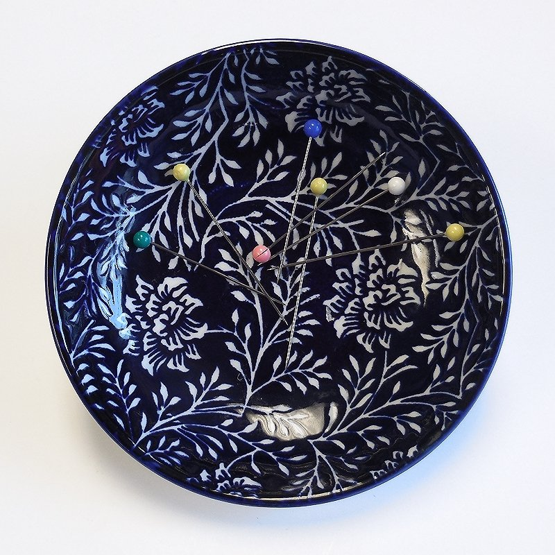 Indigo Magnetic Flower Pin Dish