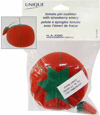Tomato Pin Cushion w Strawberry Emery
