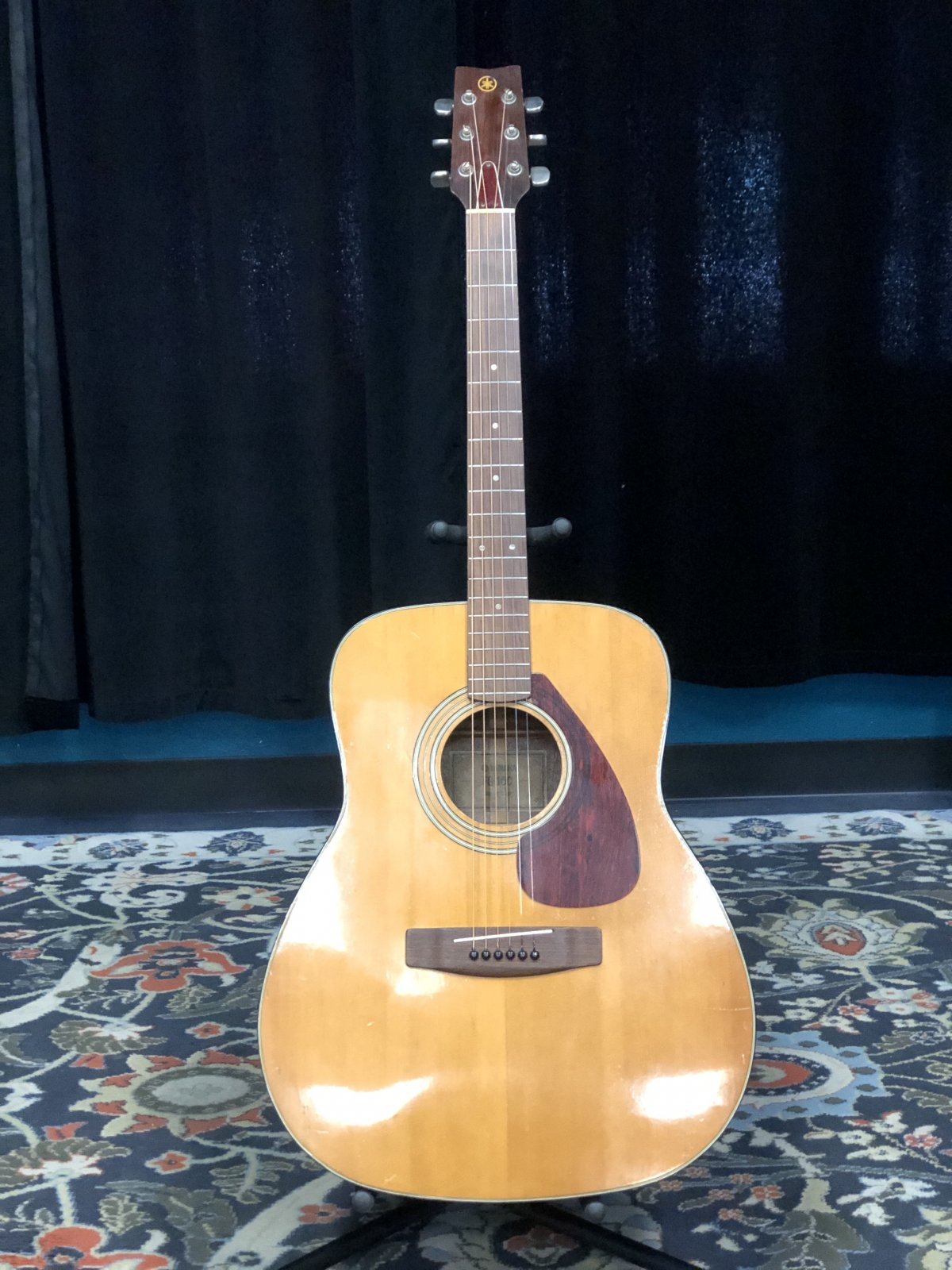 Preowned Yamaha FG-160 Acoustic Guitar