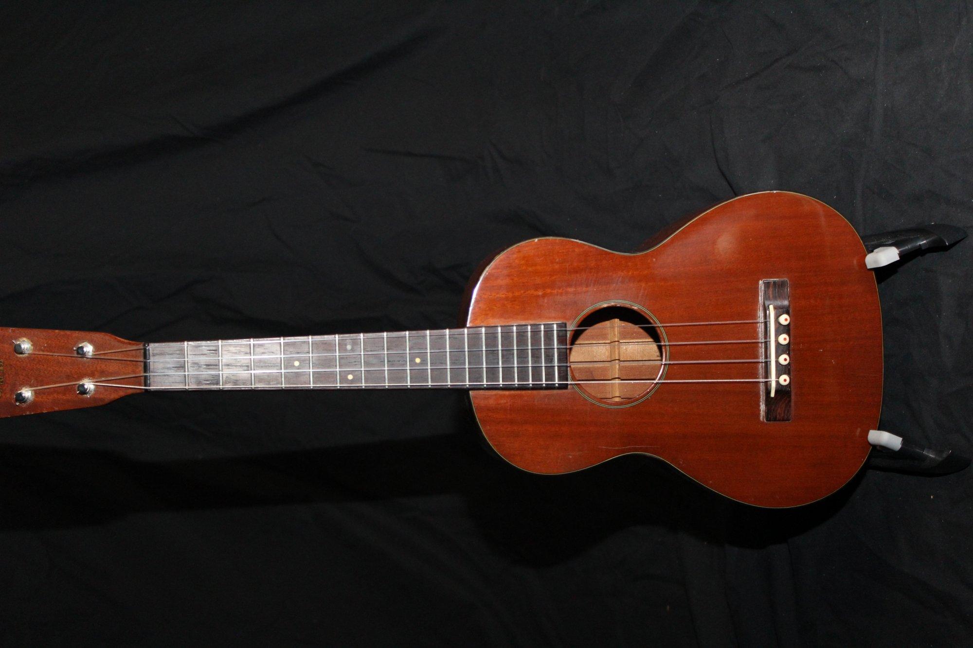 Preowned 1950's Martin Style 1T Tenor Ukulele w/Case