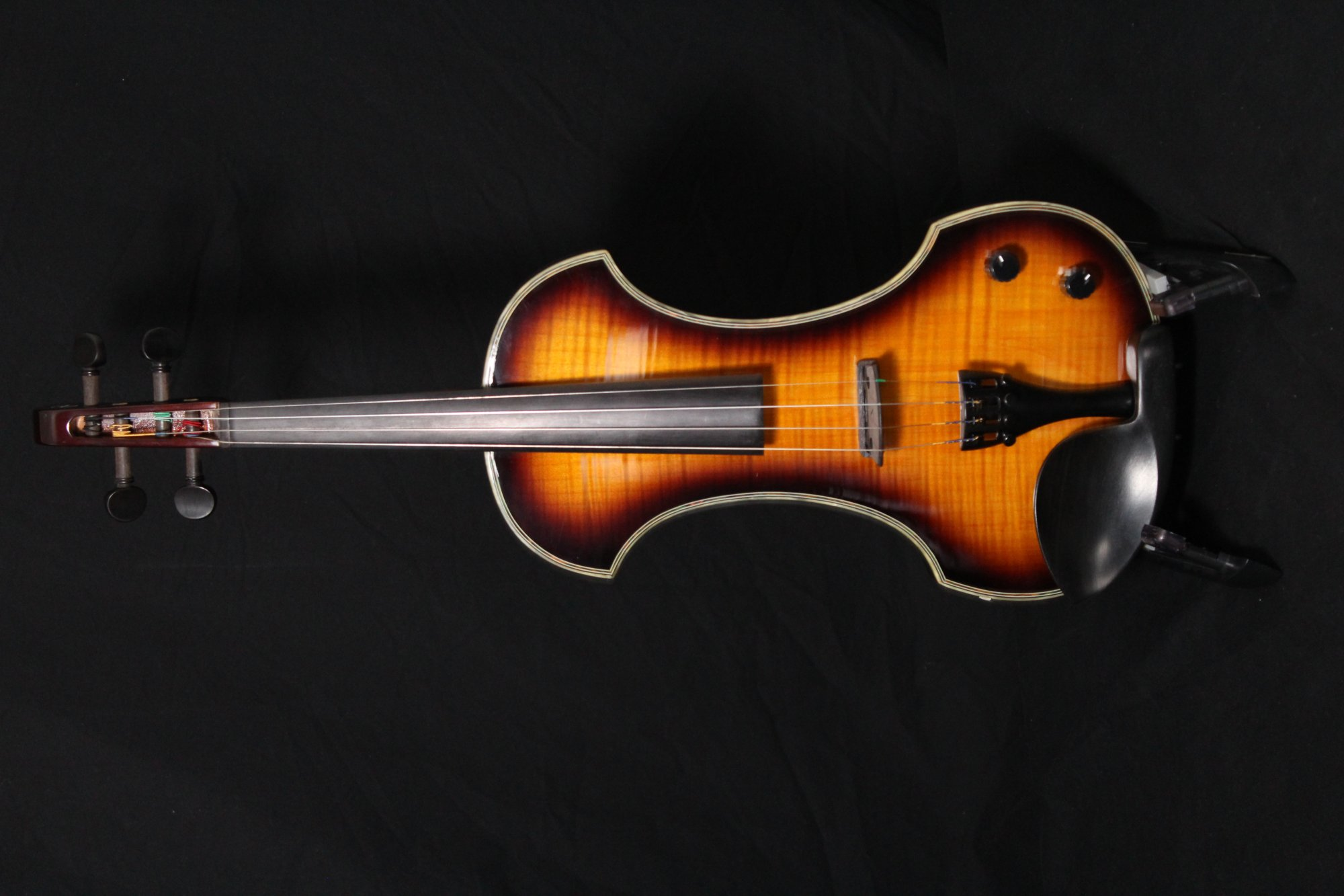 Preowned Fender Electric Violin FV-3 DLX SB w/ Case