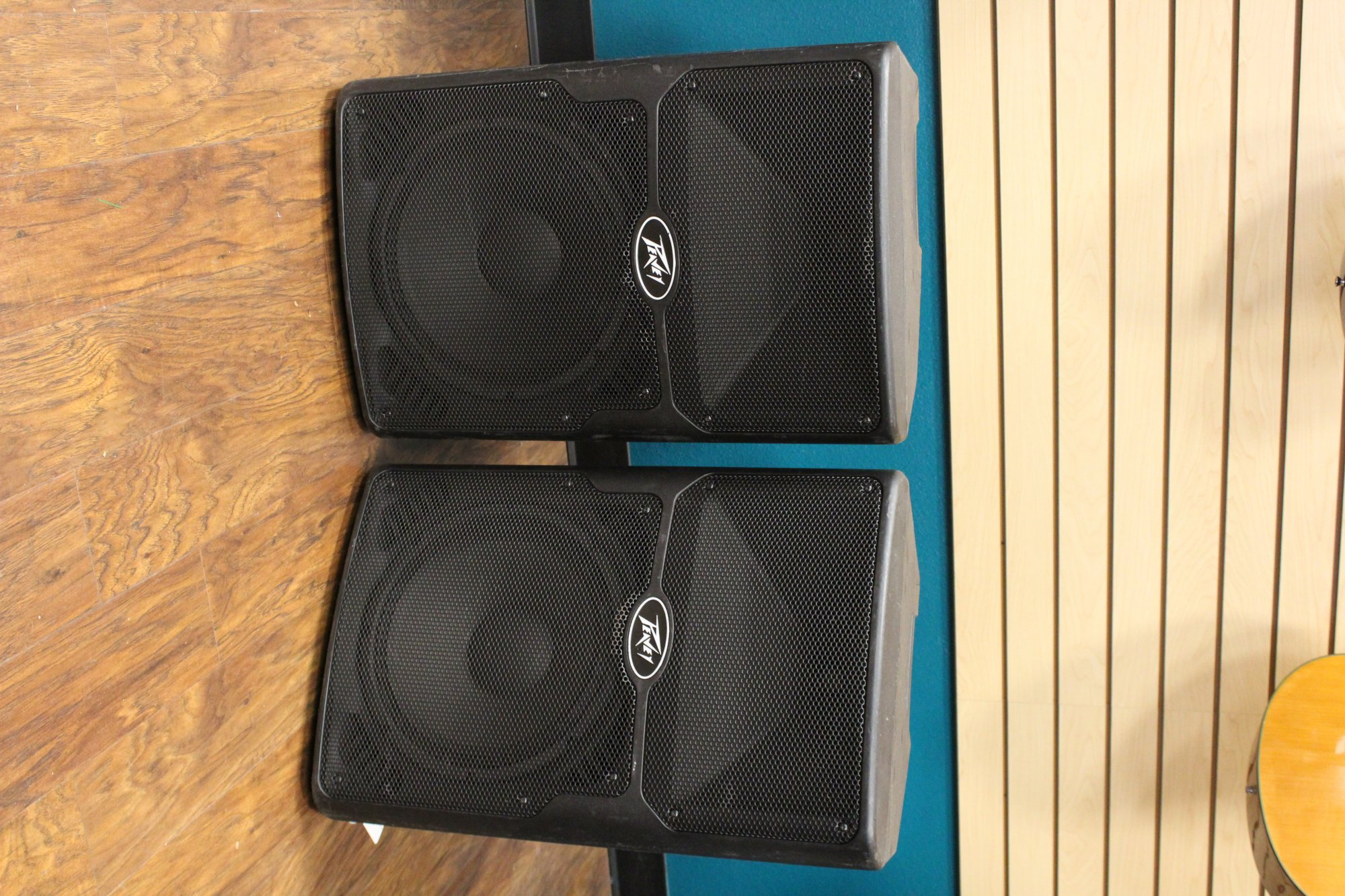 Floor Model Peavey PVXp 12 DSP Powered Speaker (each)