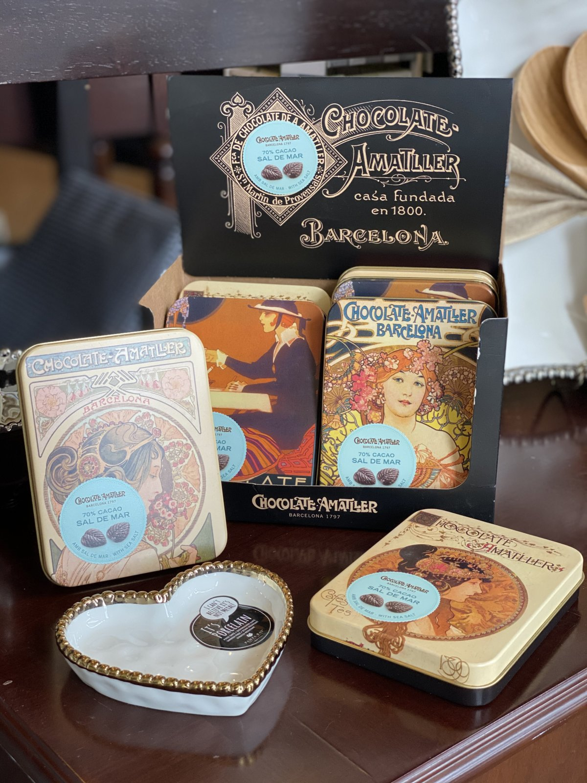Chocolate Amatller - Large Dark Cocoa Sea Salt Tin