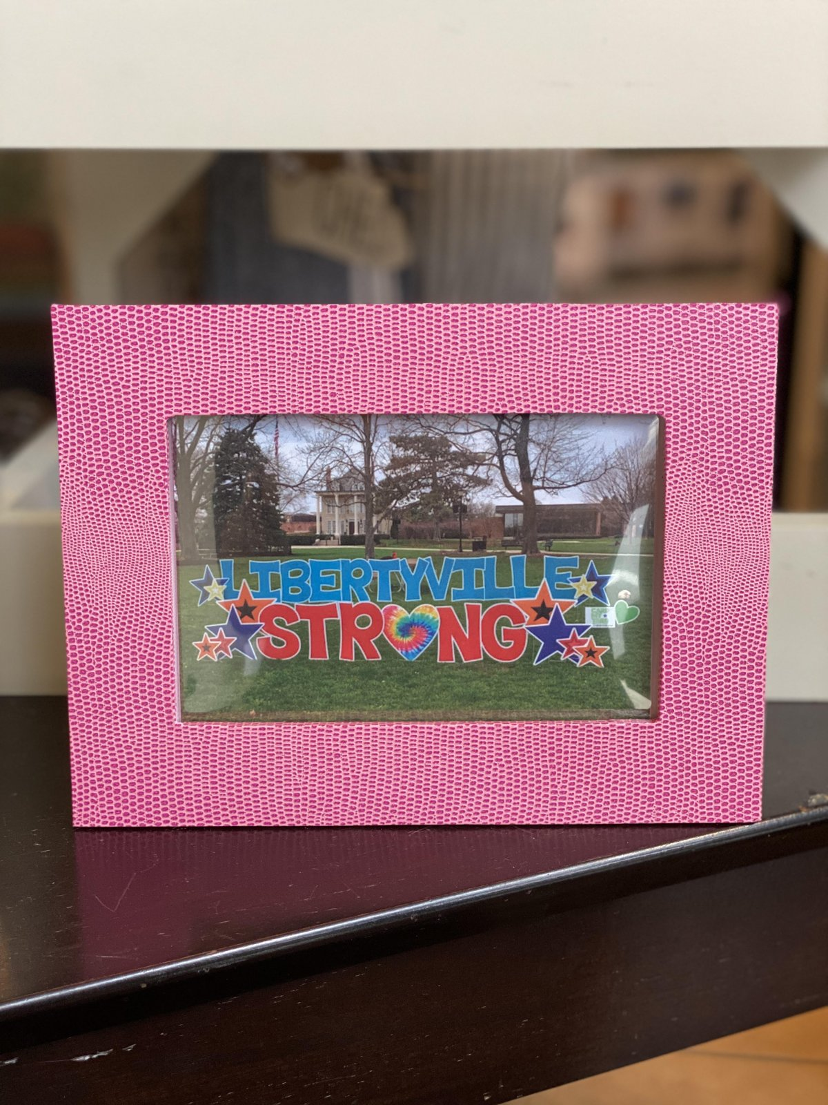 Libertyville Strong Gift Set - Pack of 5 Cards w/ Pink Frame