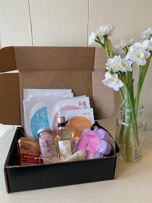 Treat Yourself Gift Box