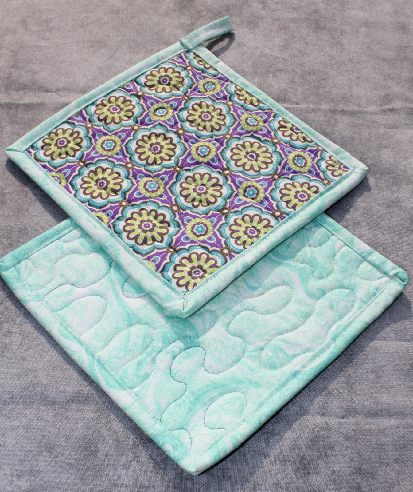 Green and Purple Floral Pot Holders Set of 2