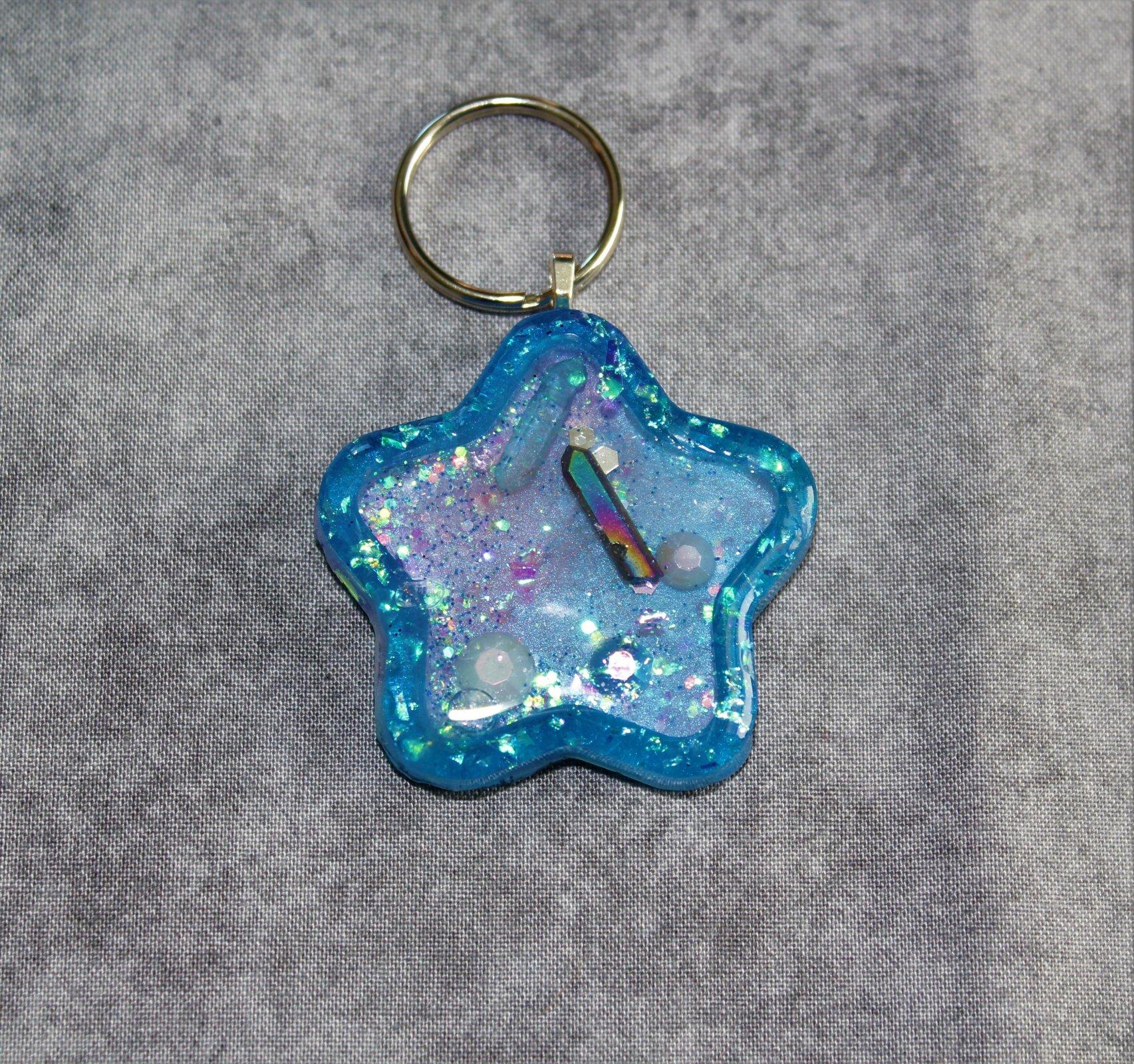 Star Shaped Resin Shaker Keychain