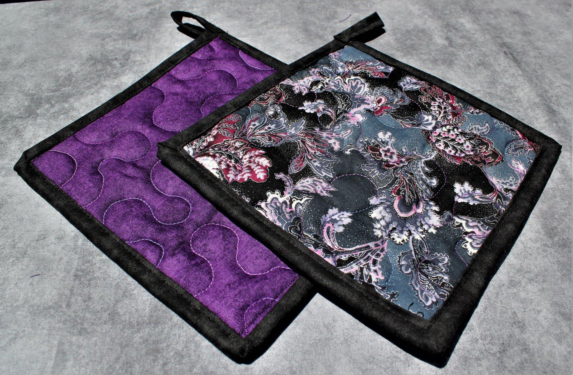 Glittering Pink/Purple/Black Paisleys and Flowers Potholders Set of 2