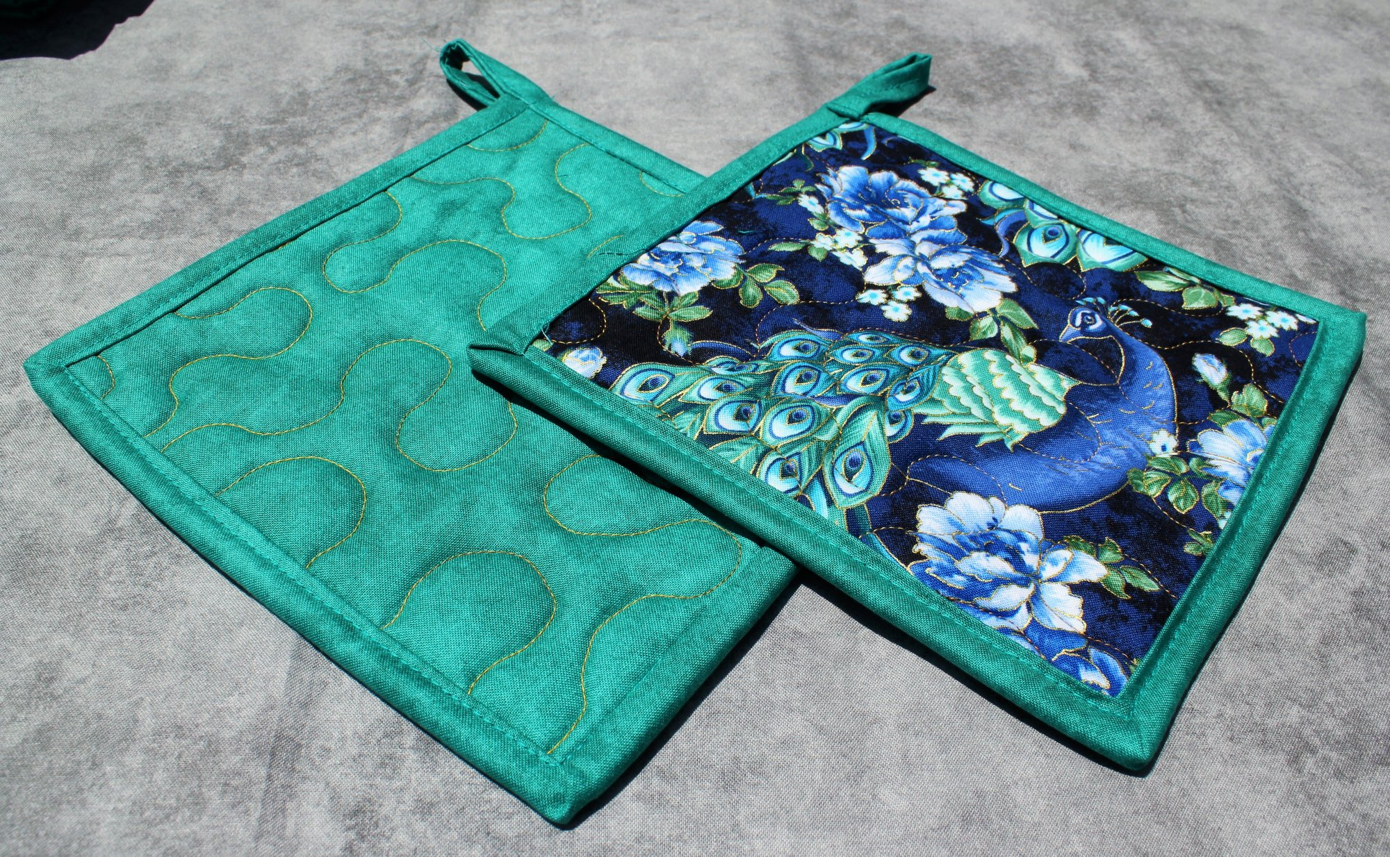 Blue/Green/Teal Peacocks and Roses Floral Potholders Set of 2