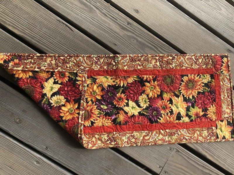Easy Peasey Table Runner Autumn Flowers