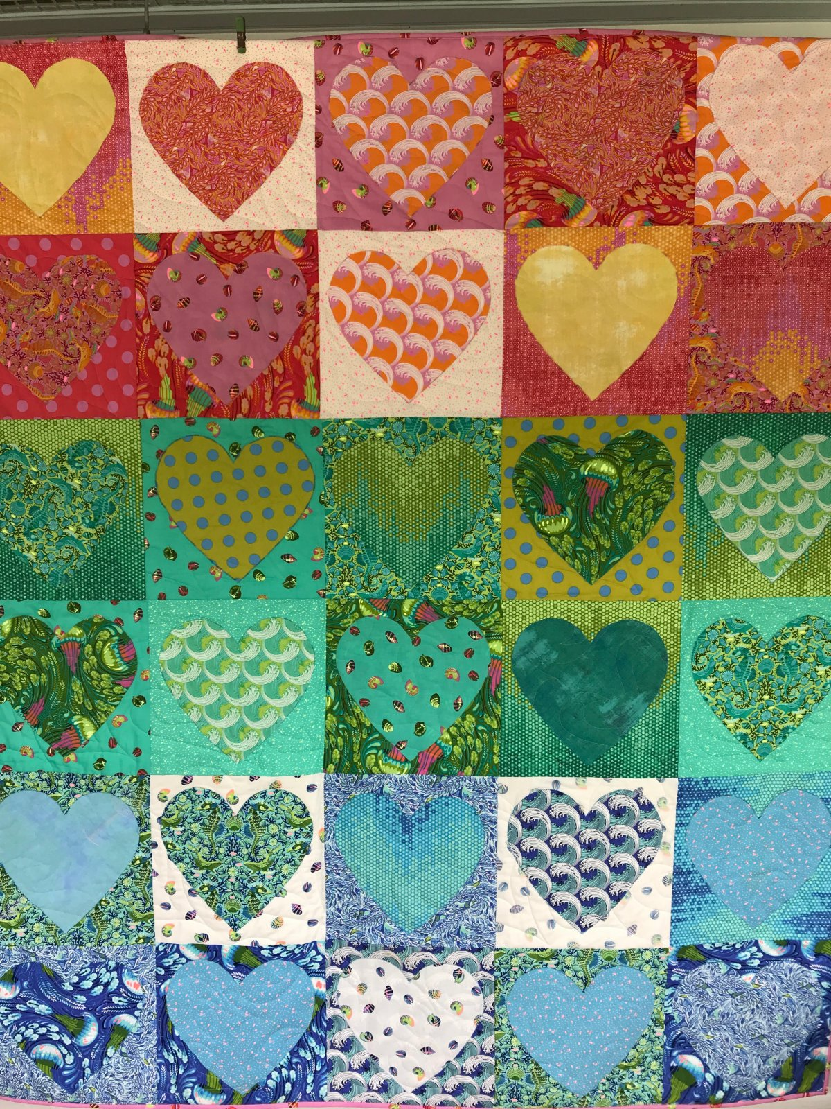 Faded Hearts Quilt Kit