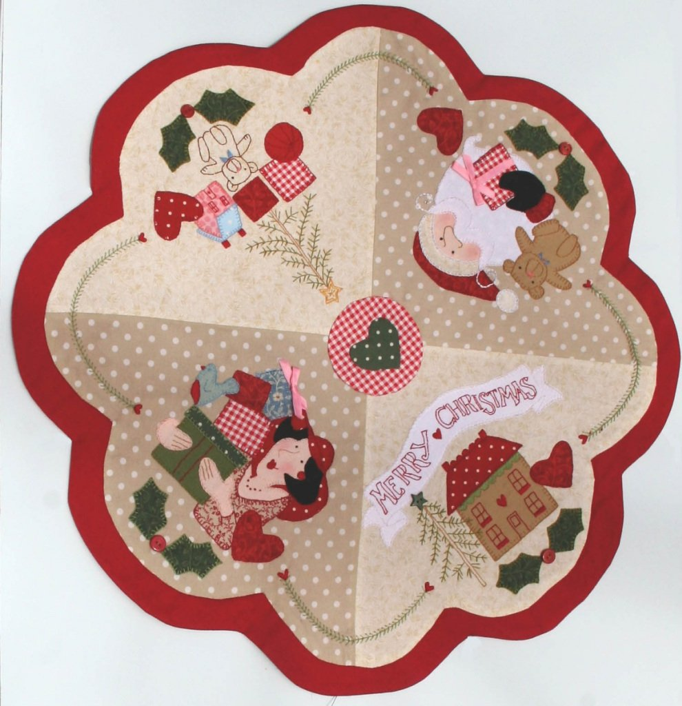 Sugarplum Table Topper