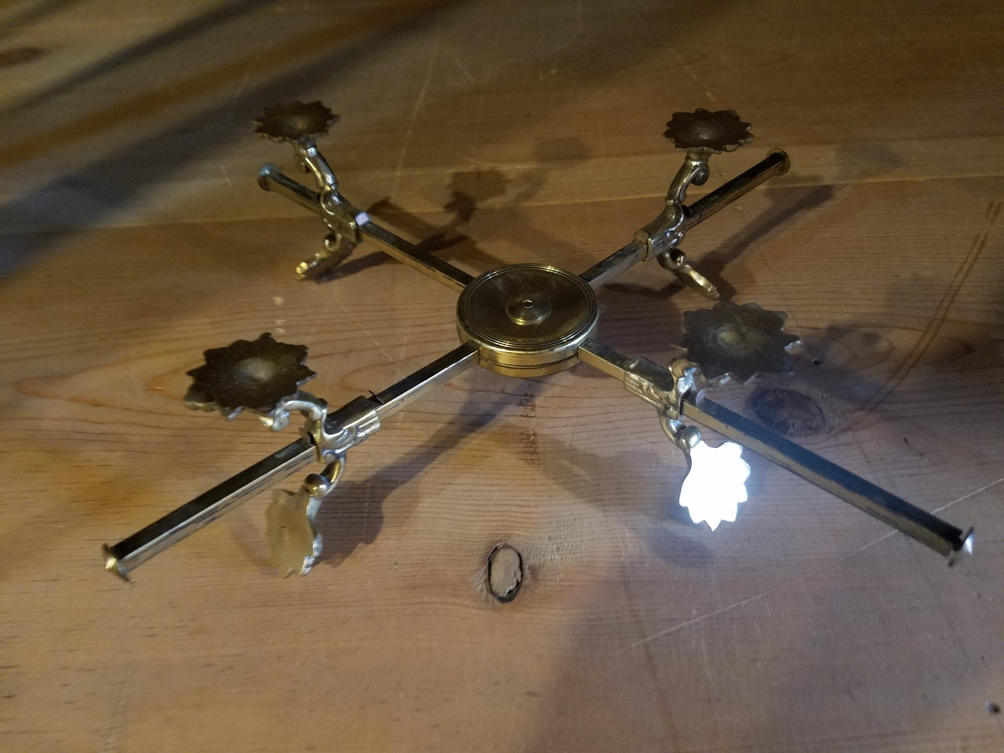 Brass 4 footed stand