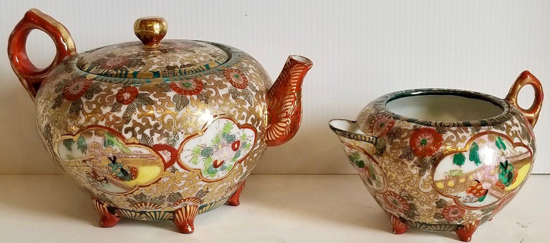 Chinese porcelain tea pot and porcelain creamer pot