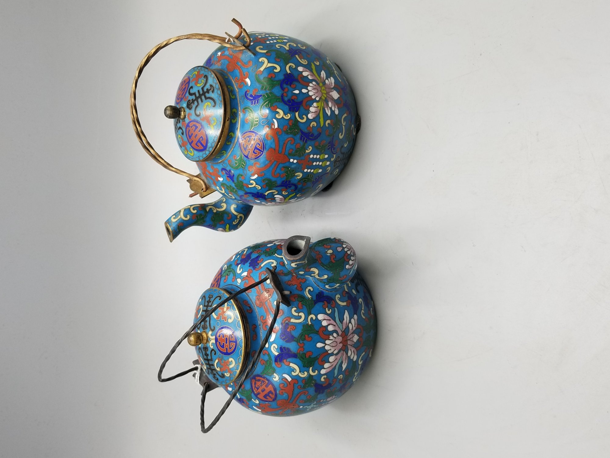 Pair of Chinese cloisonne teapots Con. UDT