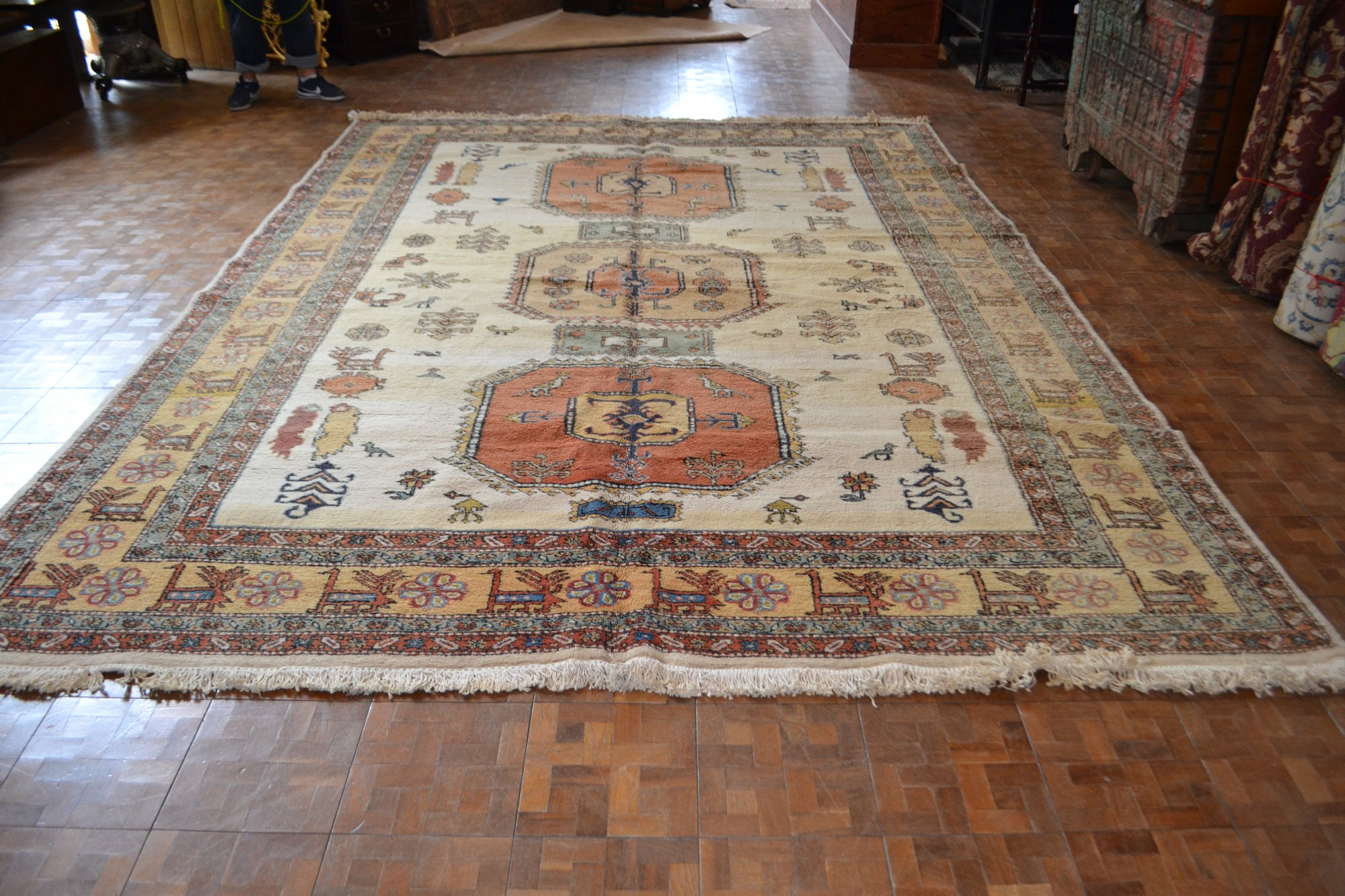 9'8 x 12'9 Persian Meshkin