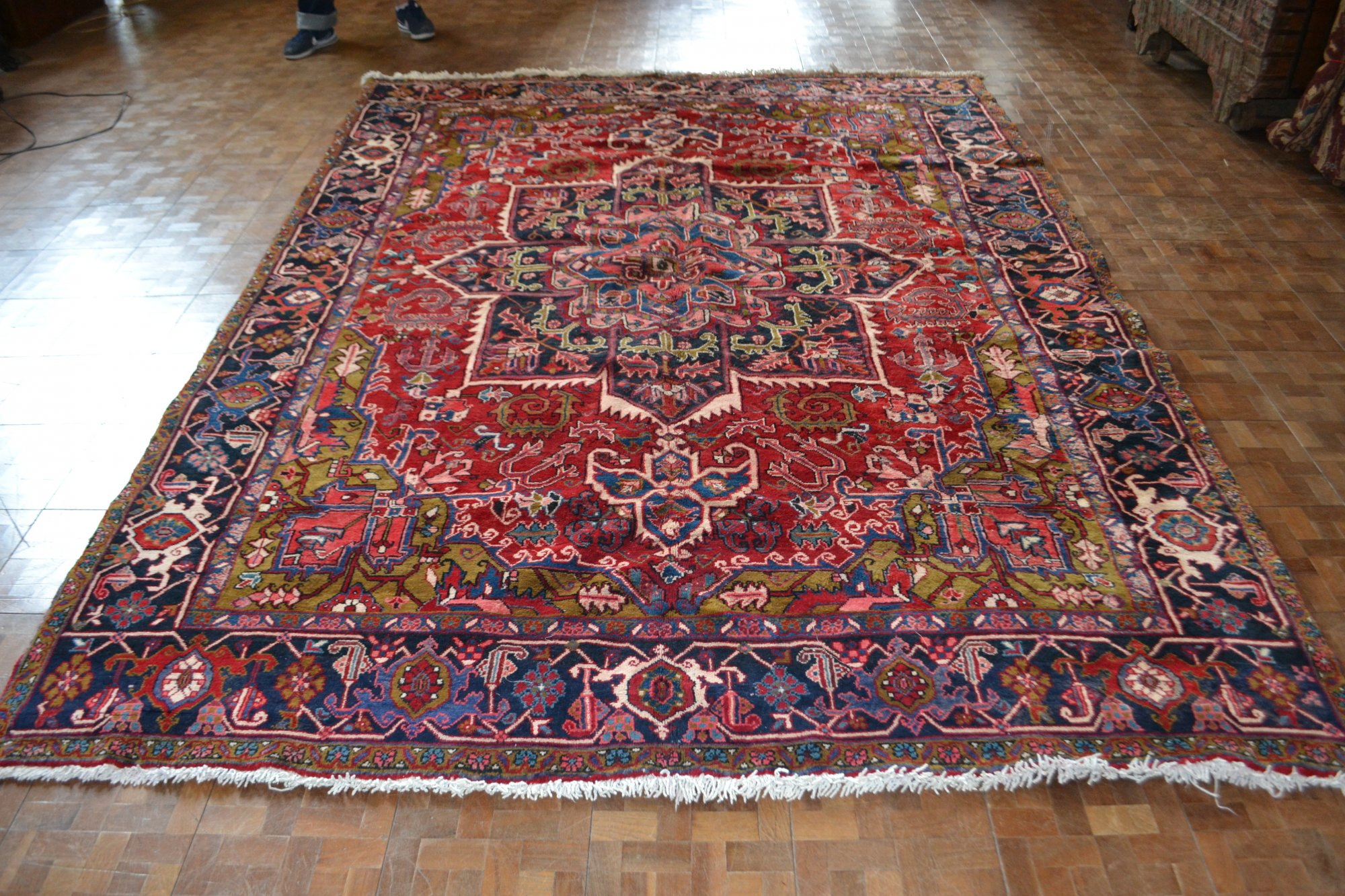 8'0 x 10'11 Persian Heriz