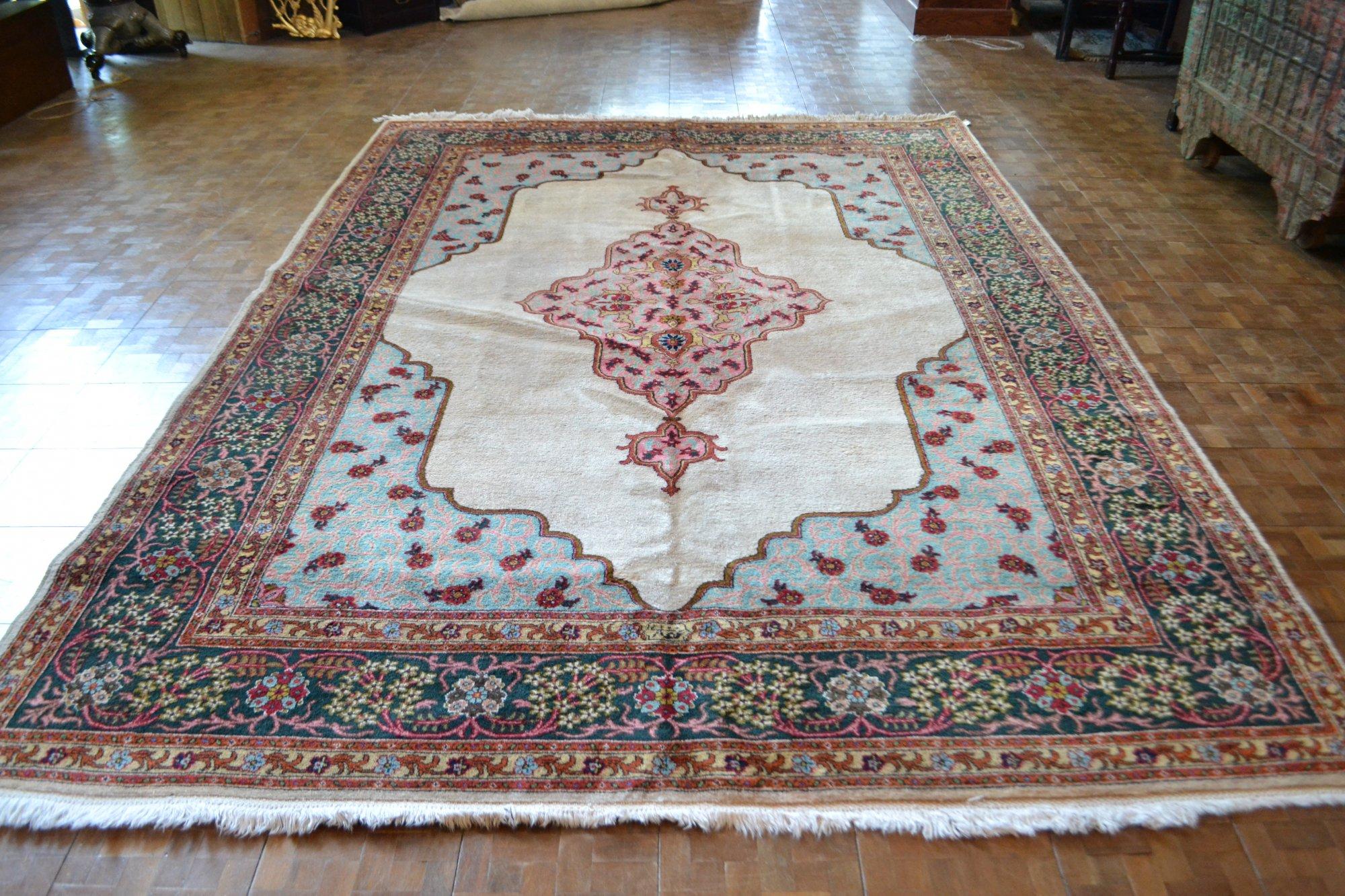 8'3 x 11'11 Persian Tabriz