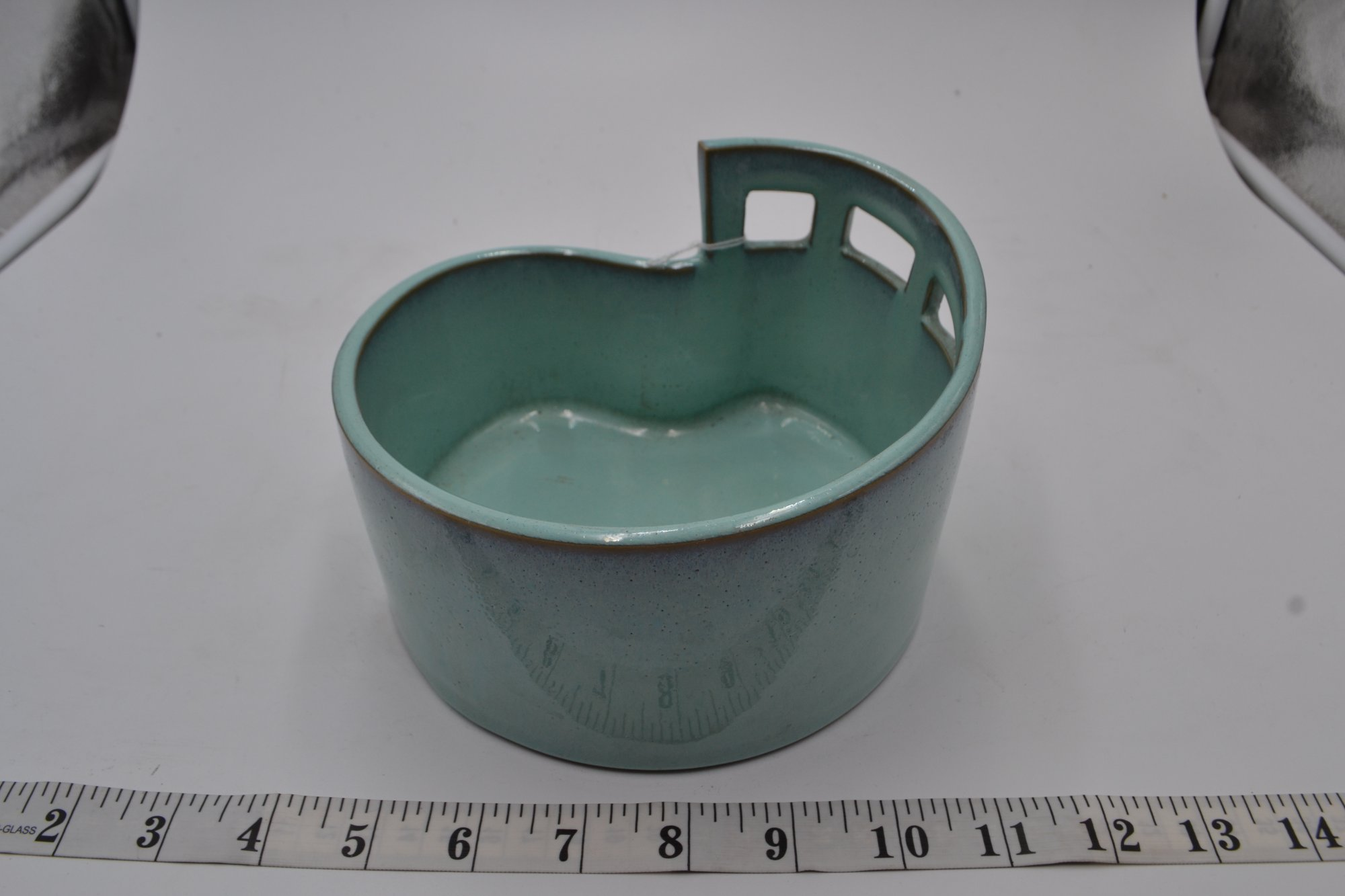 Japanese Decorative Porcelain Bowl 6 wide 4 tall - PXY