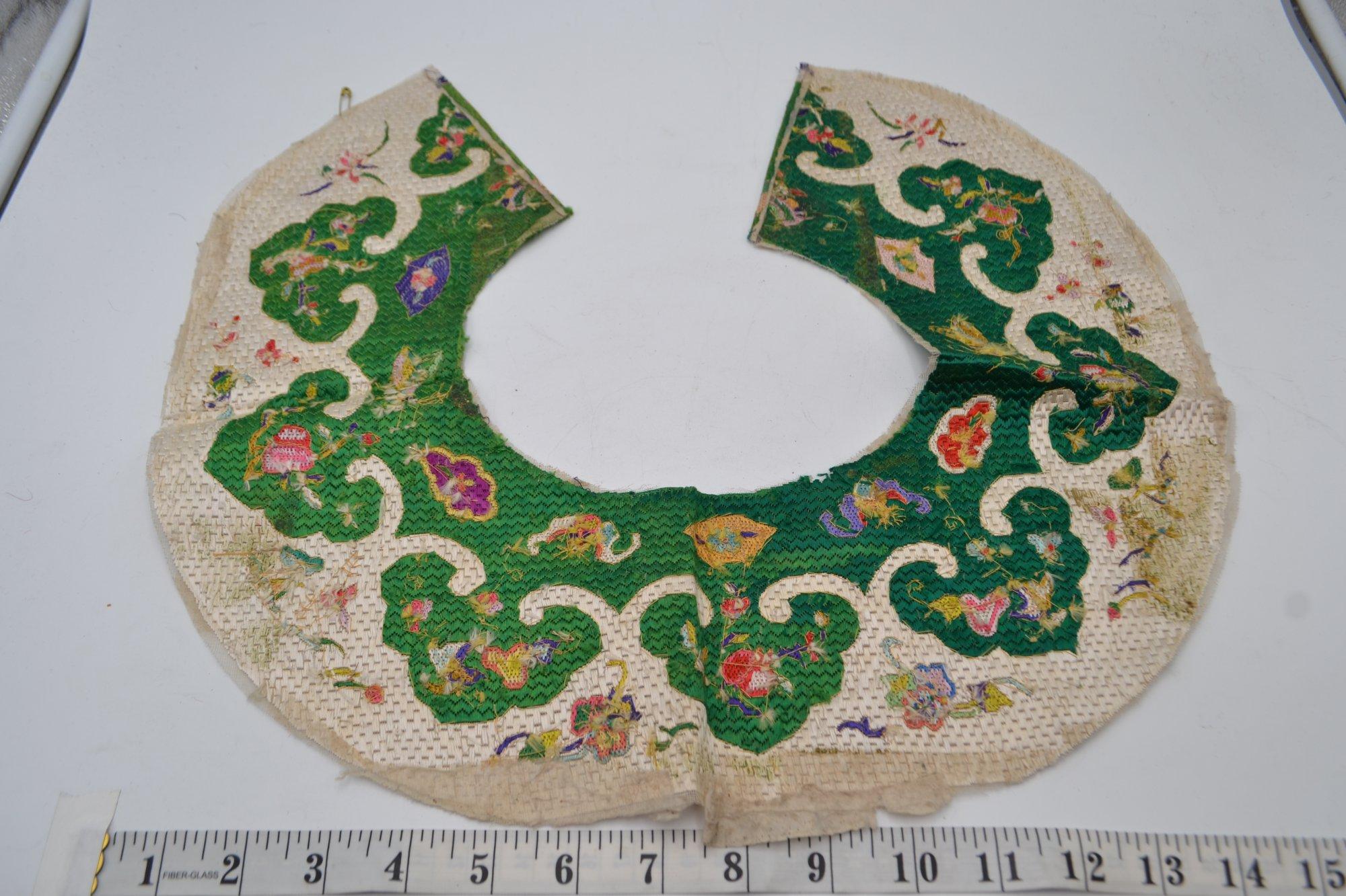 Chinese Textile Green & White SXX