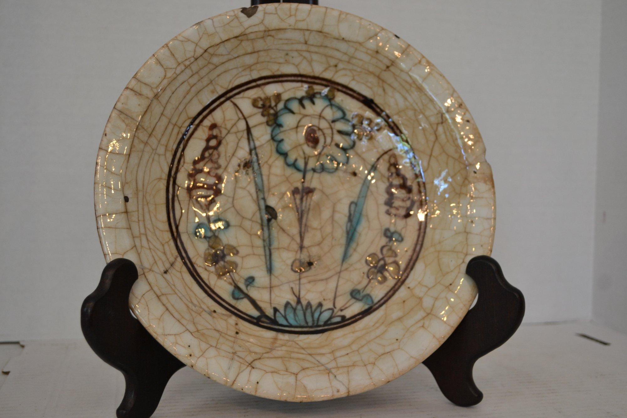 15th-16th Century Koubatchi Ware Persian plate w/ violet flower decoration Dia. 10