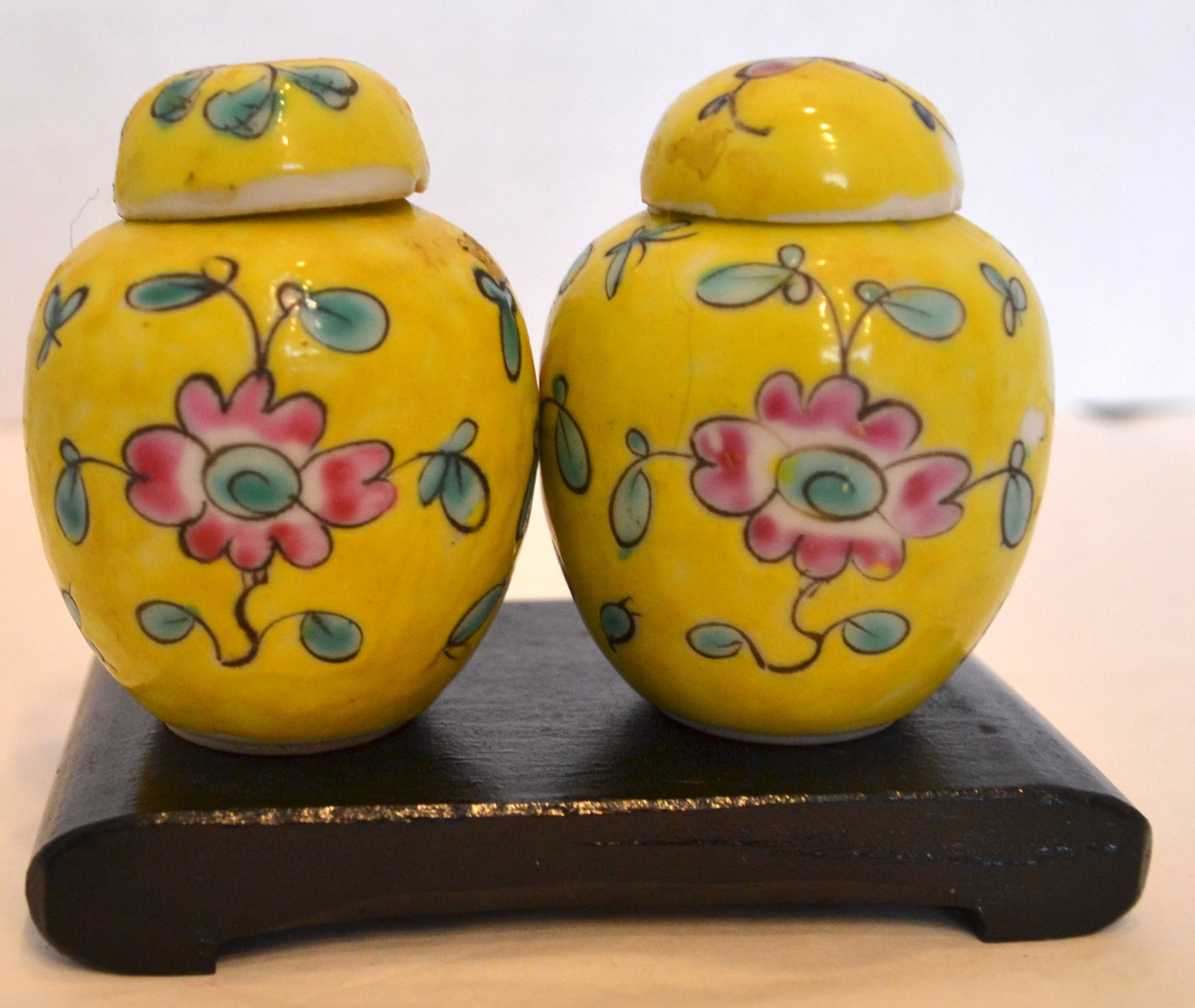Chinese pair of yellow porcelain ginger jars