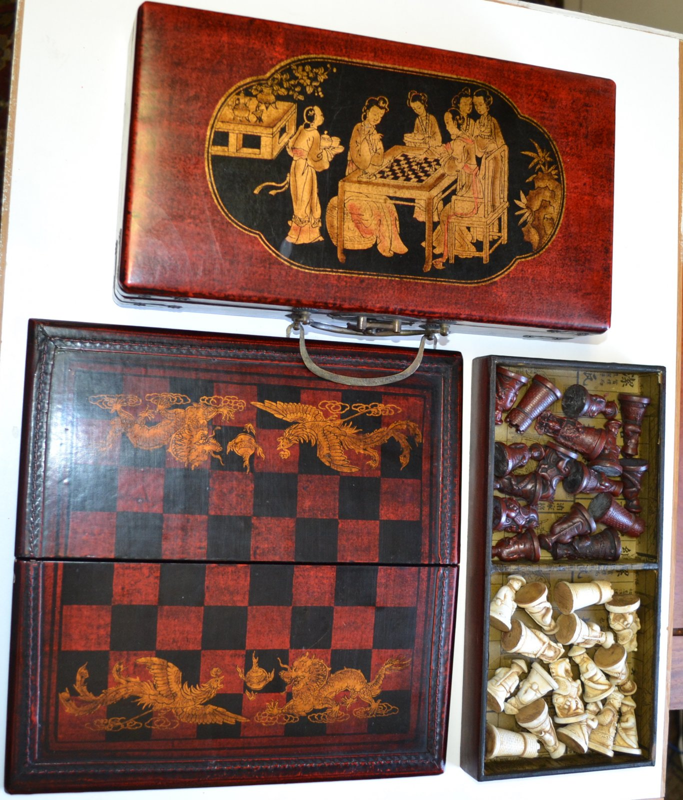 Chinese carved Chess Set w/ lacquered brass hinged wooden box