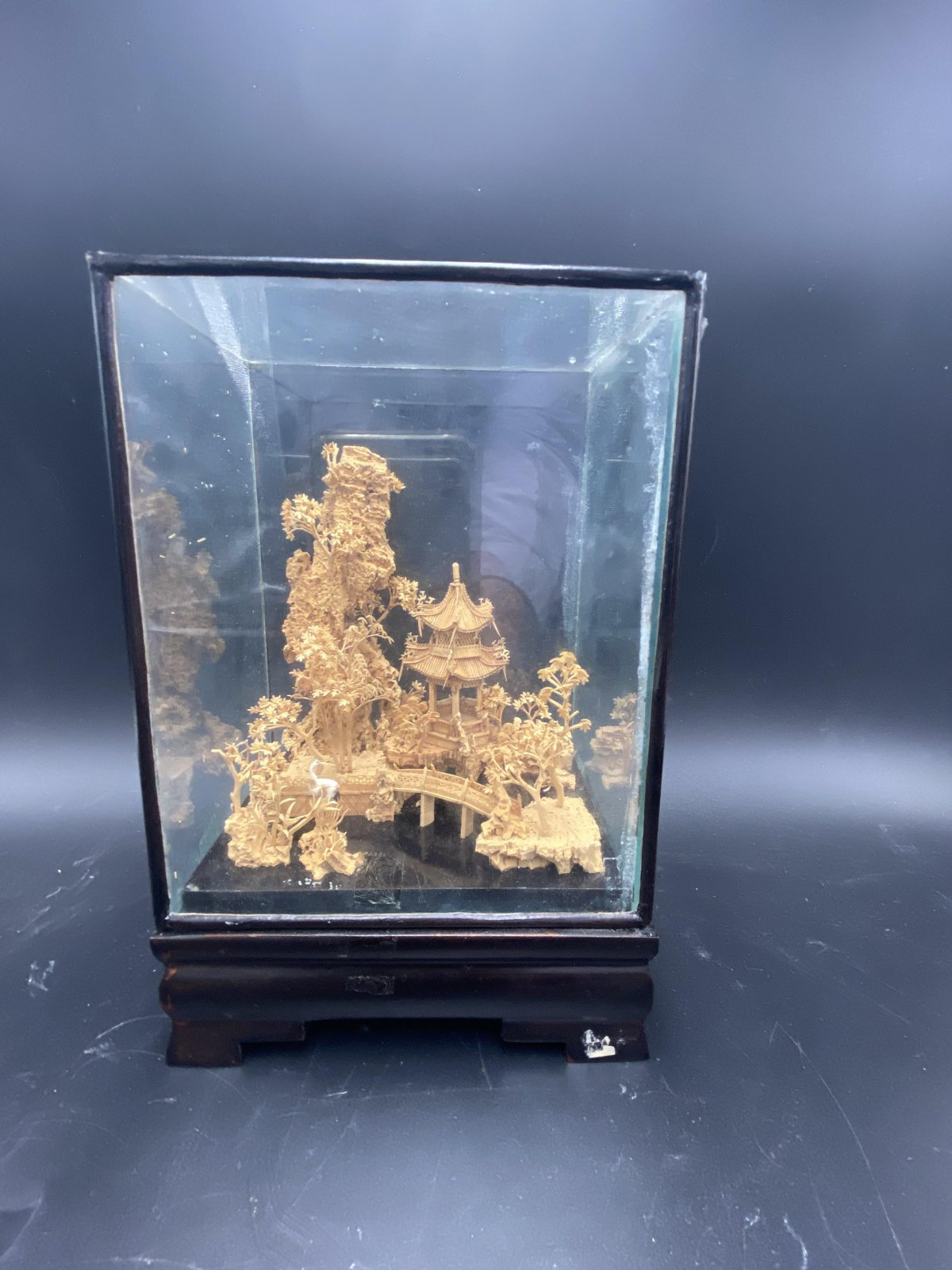 Chinese cork carving display in a black lacquered and glass box HX