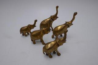 Set of 5 ornamental brass miniture elephants    UX