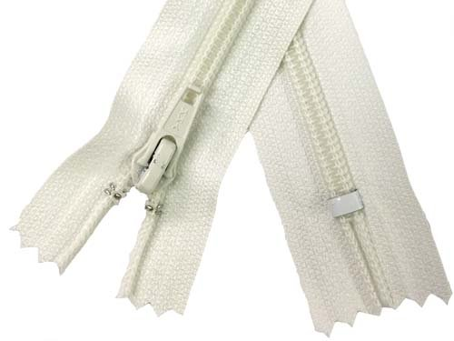 YKK #5 Coil Non-Separating Zipper - 18 inch - Ivory