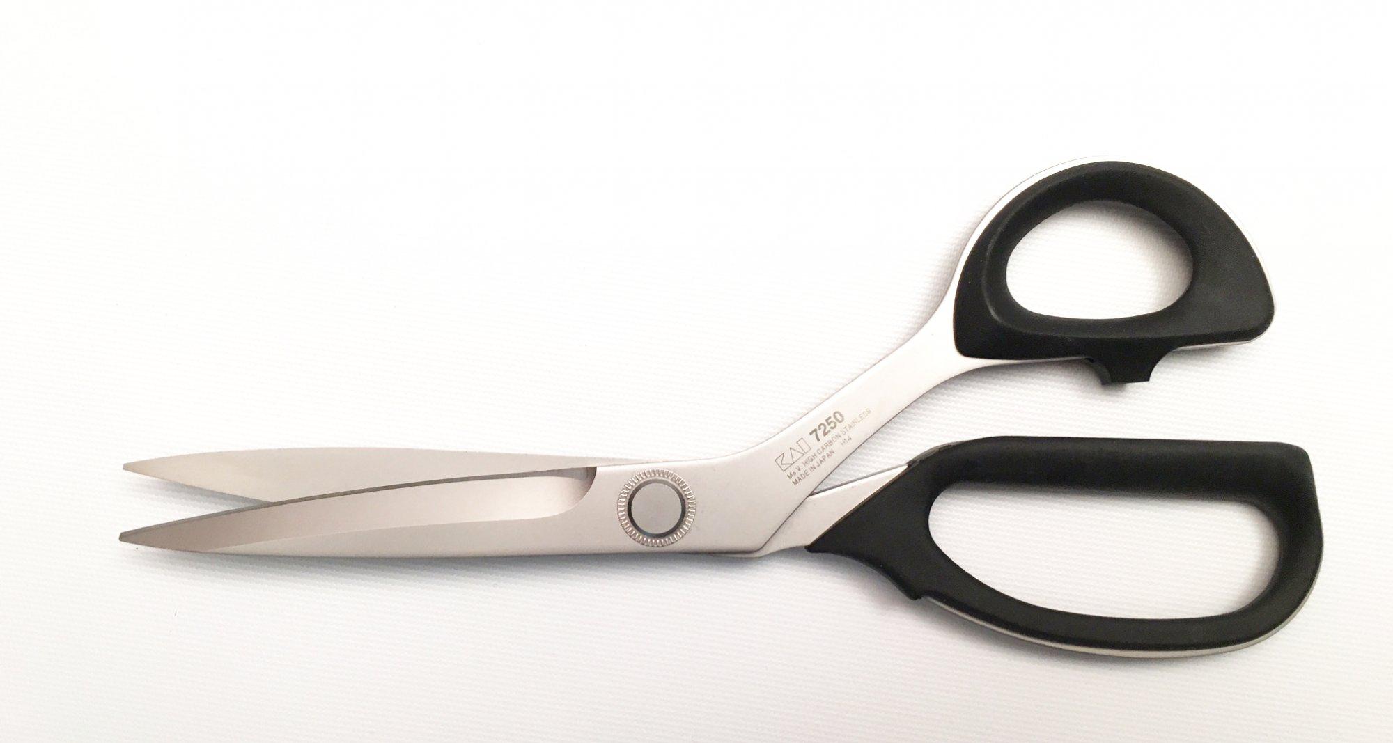 KAI Lefty Professional Shears - 10 inch