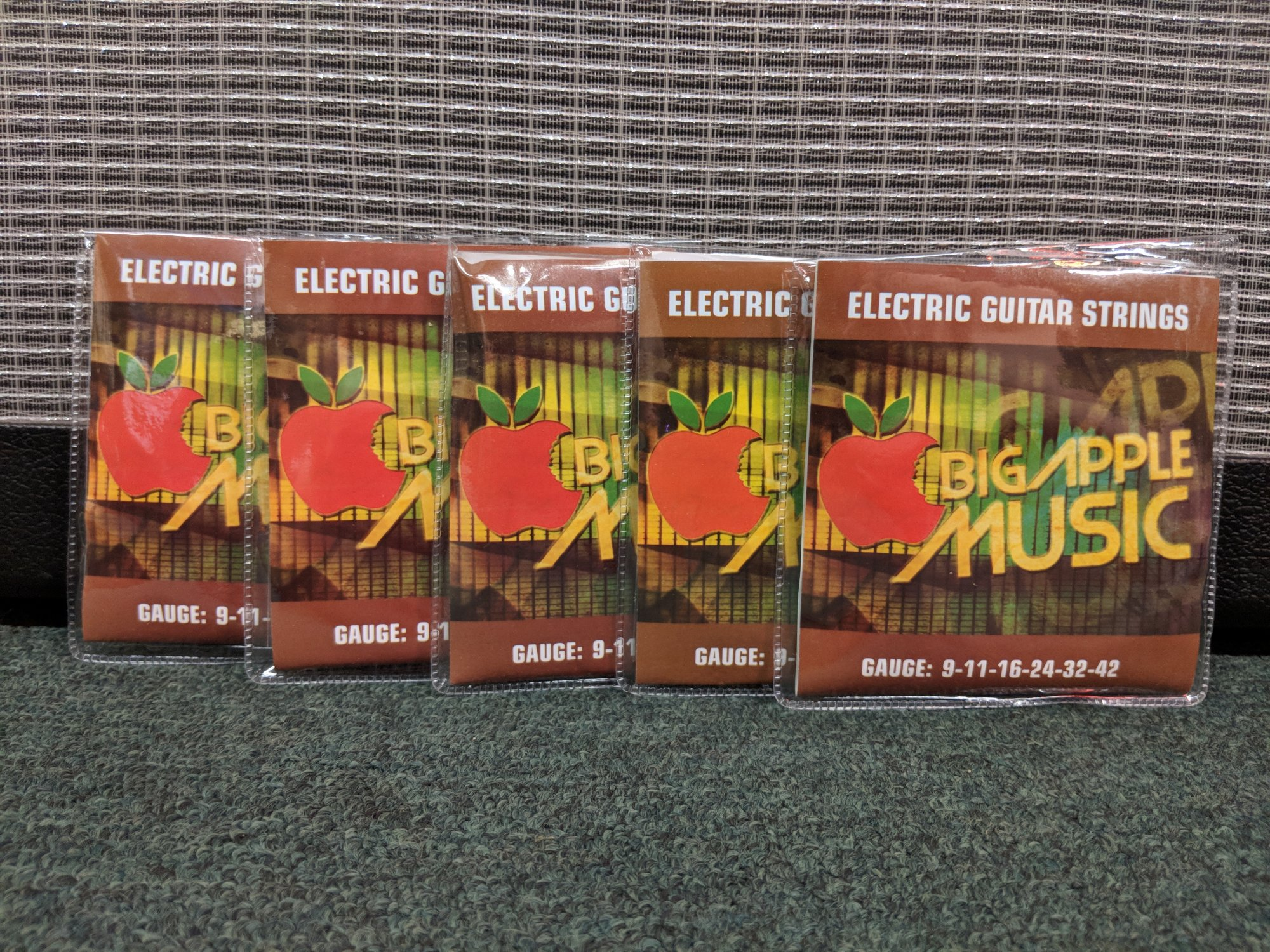 Big Apple Music Electric Guitar Strings 9-42 - 5 Pack